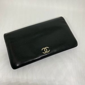 Authentic Chanel Bifold long wallet